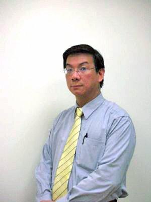 創辦人:黃文雄 - 現任堅兵智能科技CEO
